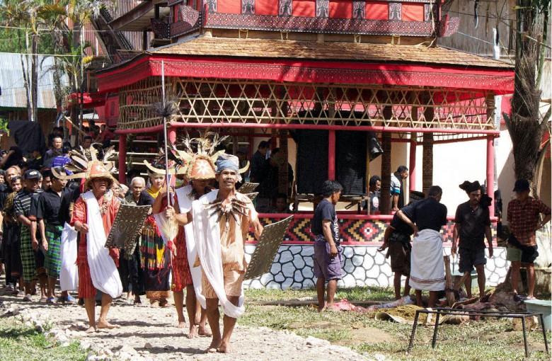 Beerdigungs-Zeremonie der Tana Toraja
