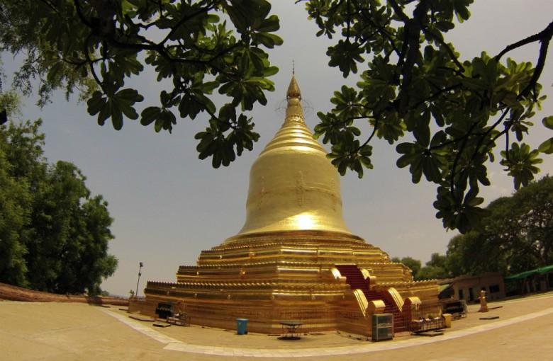 Goldene Stupa in Myanmar